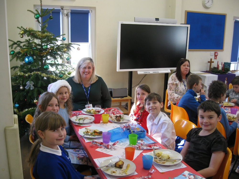 Christmas Lunch 10r