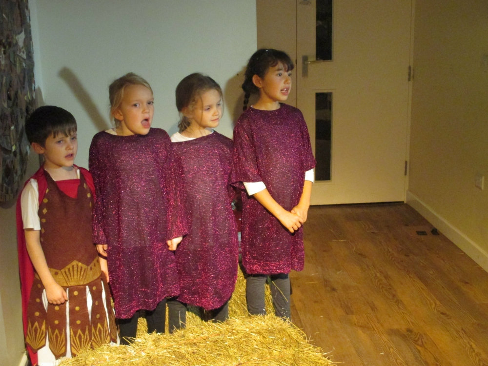 Nativity 10r