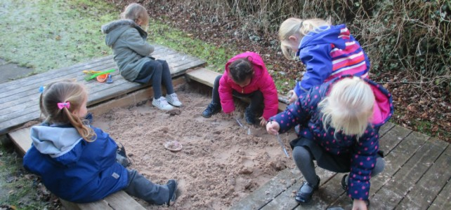 Nursery go on an Archaelogical Dig!